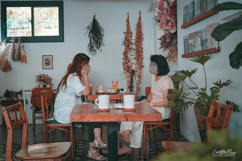 台南、安平 |  復古老屋文青咖啡店「Meller墨樂咖啡」| 少女心戚風蛋糕、手作甜點、安平下午茶推薦 @偽日本人May.食遊玩樂