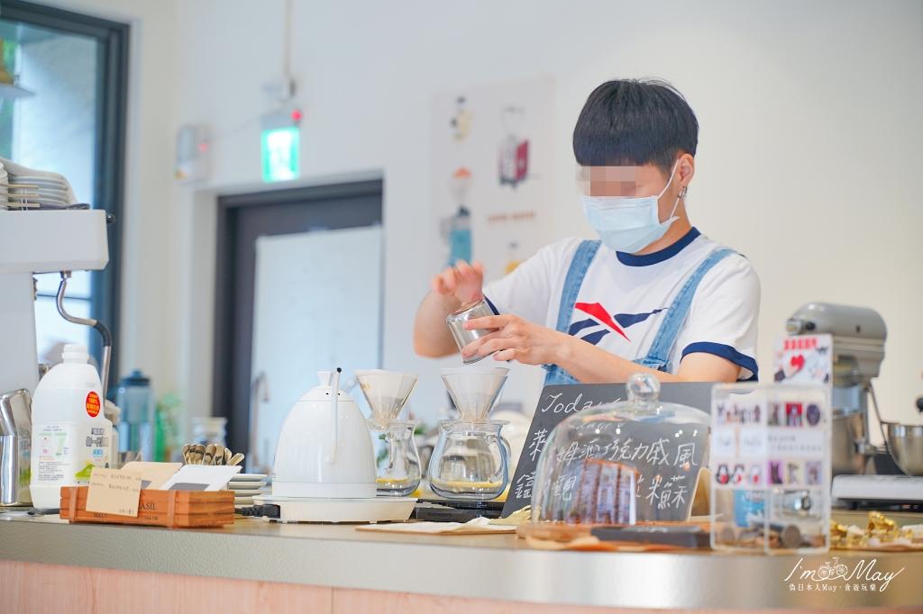 台北、中山 | 來自澳洲的精品咖啡、簡約純白的空間「Cafe Neutral」| 不限時咖啡店、採光超好適合拍照、捷運行天宮站 @偽日本人May.食遊玩樂