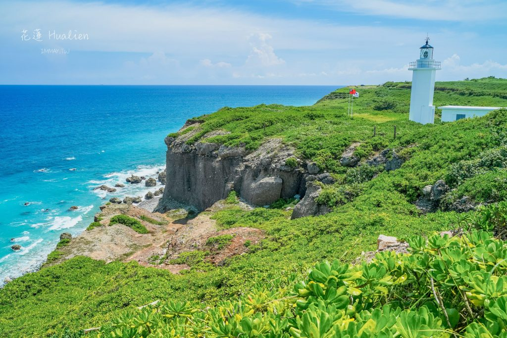 花蓮旅行提案 | 海線風景散策 : 人氣排隊在地美食「大漢街早餐」、坐擁蔚藍海灣的「七星潭」、聳立海天之間的白色燈塔「奇萊鼻燈塔」| 週邊順遊景點 : 花蓮酒廠、四八高地 @偽日本人May.食遊玩樂
