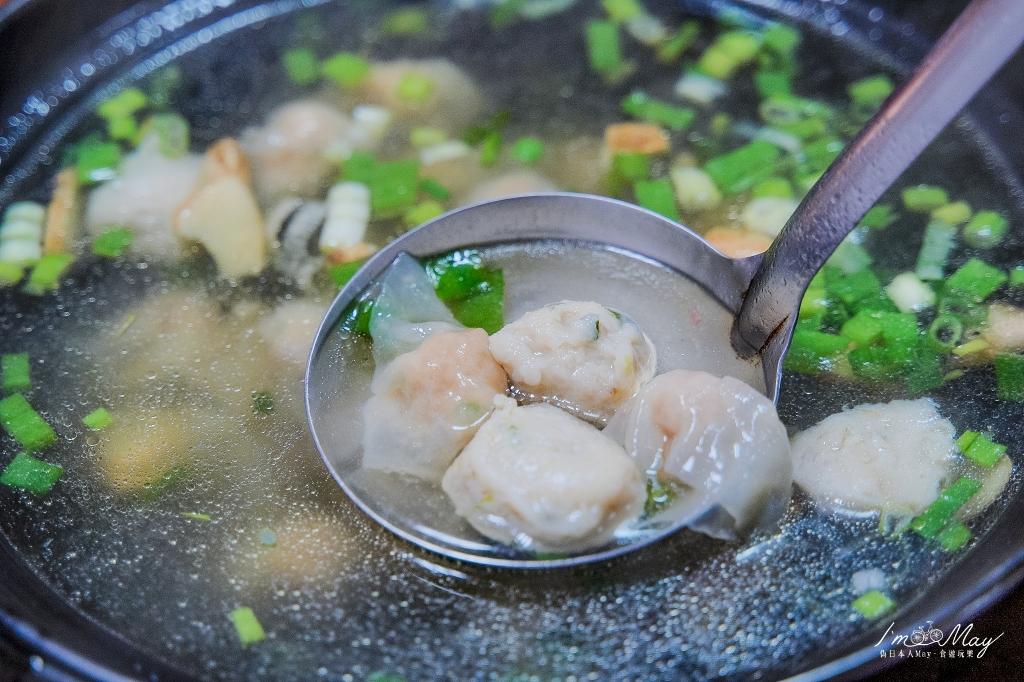 馬祖、南竿 | 在地人帶路的極致美味無菜單料理,超浮誇海鮮痛風鍋「碧園~黑熊&喵の店~」| 創意十足的特色料理、親切熱情的老闆招呼,這就是道地的馬祖人情味 @偽日本人May.食遊玩樂