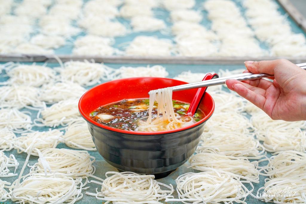 馬祖、北竿 | 用真正魚肉做的麵,滿溢鮮味的Q彈麵條「魚之鄉魚麵」| 塘岐村特色美食、馬祖必吃料理 @偽日本人May.食遊玩樂