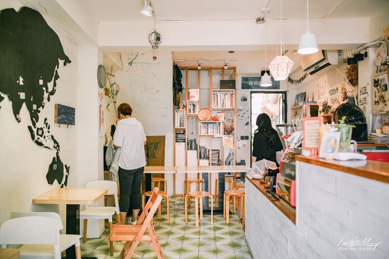 馬祖、南竿 | 在樸實村落的祕密基地裡品味馬祖慢時光「南萌咖啡館 Café Nanmon」| 鐵板聚落、老宅新生、馬祖咖啡店推薦 @偽日本人May.食遊玩樂