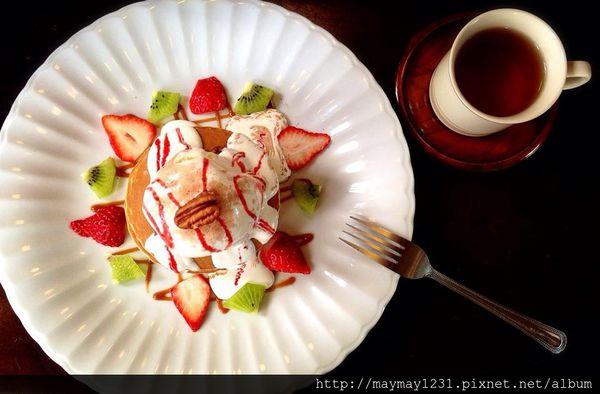 台南、咖啡 | 隱身巷弄裡的老宅咖啡店「鹿早茶屋」(已歇業) @偽日本人May.食遊玩樂