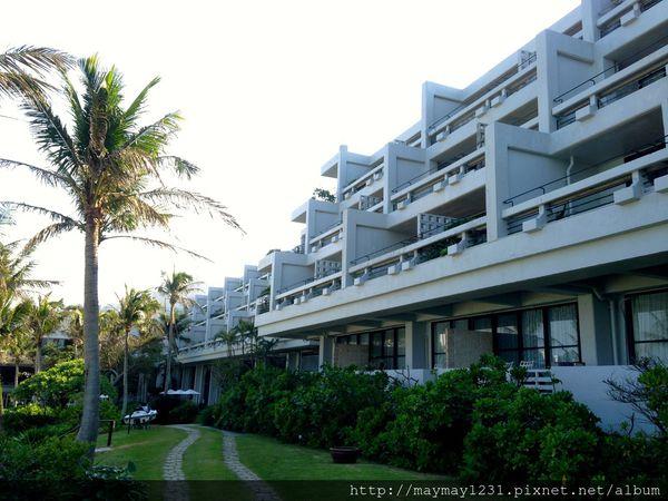 [沖繩] Hotel Moon Beach。CP值超高的濱海飯店(房間&早餐篇) @偽日本人May.食遊玩樂