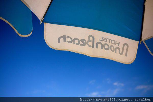 [沖繩] Hotel Moon Beach。沙灘踏浪真開心!! 讓人捨不得離開啊 @偽日本人May.食遊玩樂