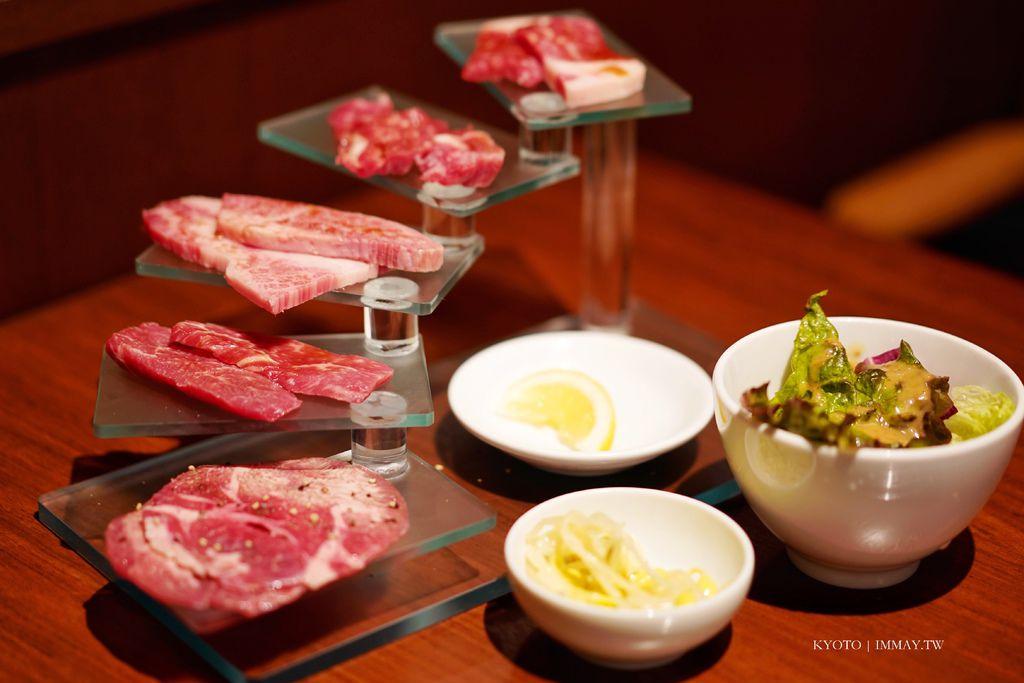 京都、好食 | 跟著在地人一起到 Ittetsu Grazie 大啖名物「和牛的階梯」特選燒肉午餐只要1500日幣真的太划算啦 @偽日本人May.食遊玩樂