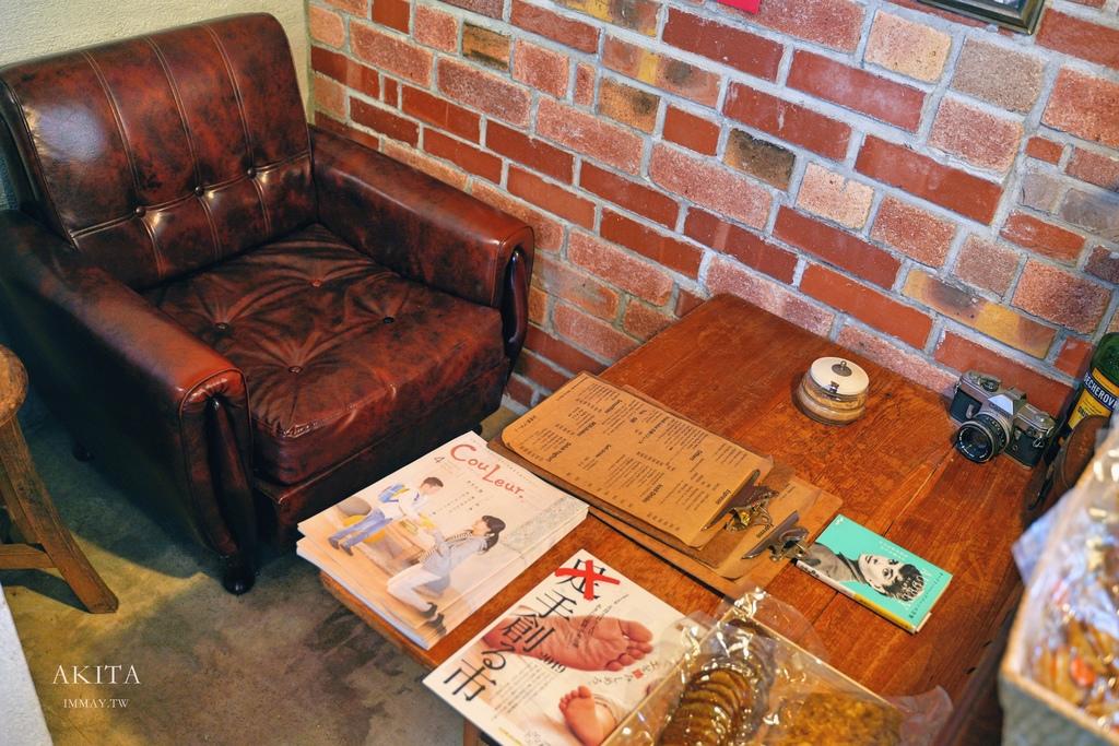秋田 | 飽覽田園景致、遠眺鳥海山風景的獨立咖啡店 CAFE LOPO | 外國人店主的家鄉菜、每日手工甜點 @偽日本人May.食遊玩樂