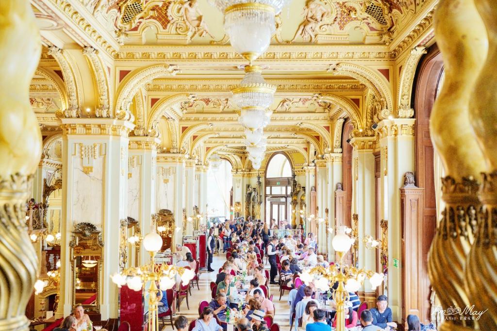 匈牙利、布達佩斯 | 跟宮殿一樣華麗的世界最美咖啡 New York Cafe 紐約咖啡館  ( 電影《紅雀》拍攝場景、餐點分享 ) @偽日本人May.食遊玩樂